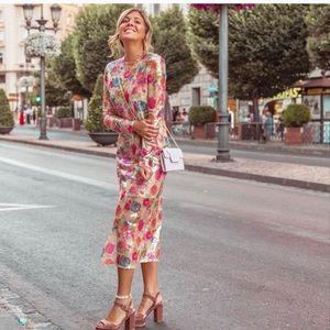 GORGEOUS ZARA NWT Sequins Dress